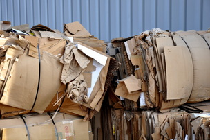 Countrywide Sanitation Company, Countrywide, Sanitation, Countrywide Sanitation, Grand Forks, trash, recycling, garbage, cardboard, waste, collection, dispose, disposal, truck, pick up, moving, storage, dumpster, roll-off, construction